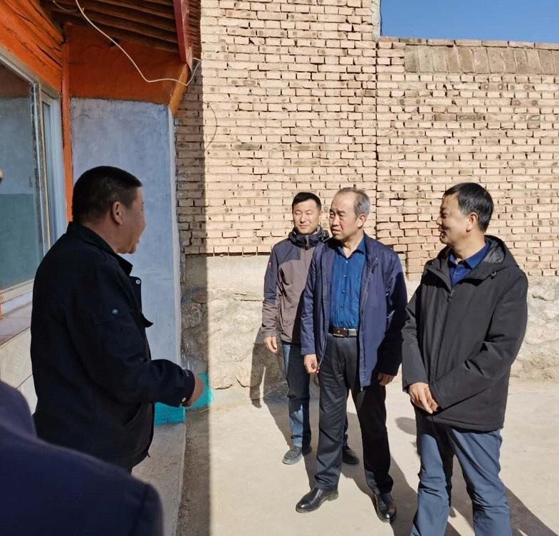 市住建局积极推进农村危房改造